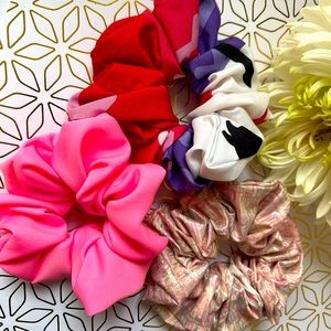 3pcs Pink Scrunchies Simple ties to beat the heat